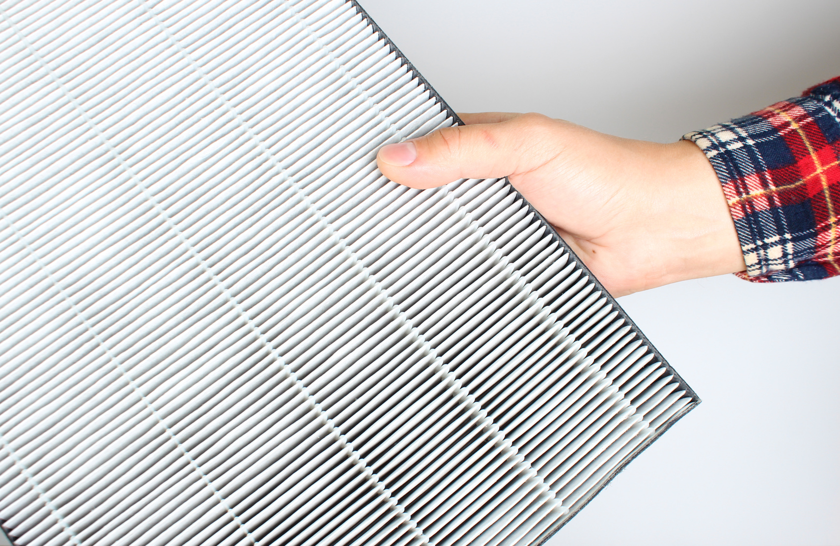 Picking The Right Air Filter To Your Furnace