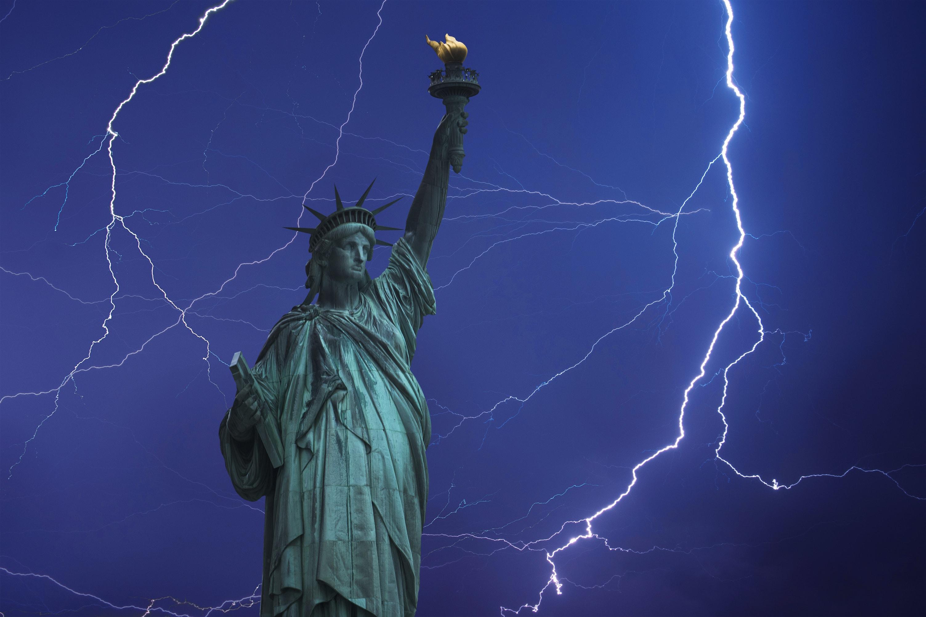 New-york-city-staten-island-lightning-storm-damage