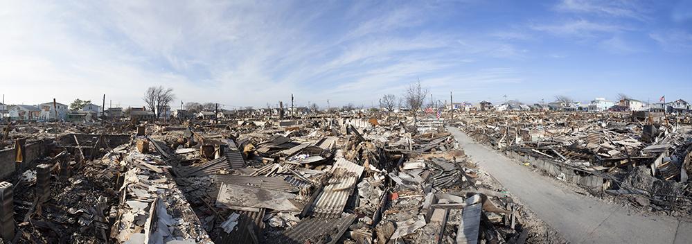 Fire-flood-damage-hurricane-sandy-new-york-jersey